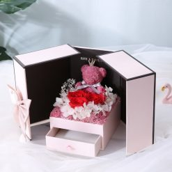 boite à cadeau en roses éternelles Bella