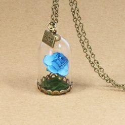 collier et pendentif rose éternelle bleu rétro